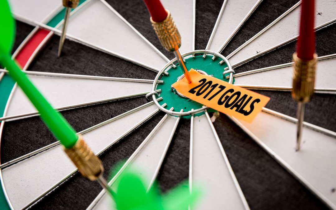 setting 2017 goals dartboard